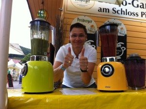 Marko Butze mit Smoothie Maker Bianco Puro